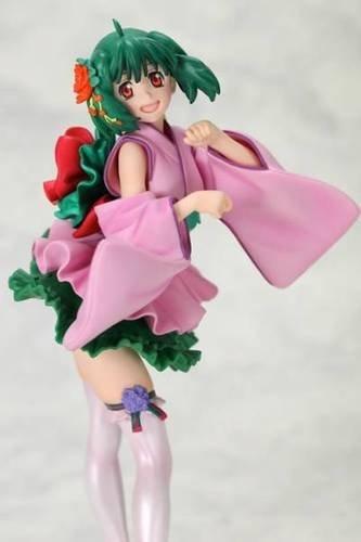 一番くじプレミアム「マクロスF~歌姫コレクション~ファースト...