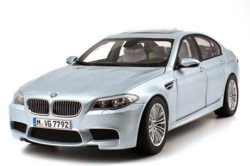 【正規輸入品】 BMW M5(F10) 1:18 シルバー・ストーンII