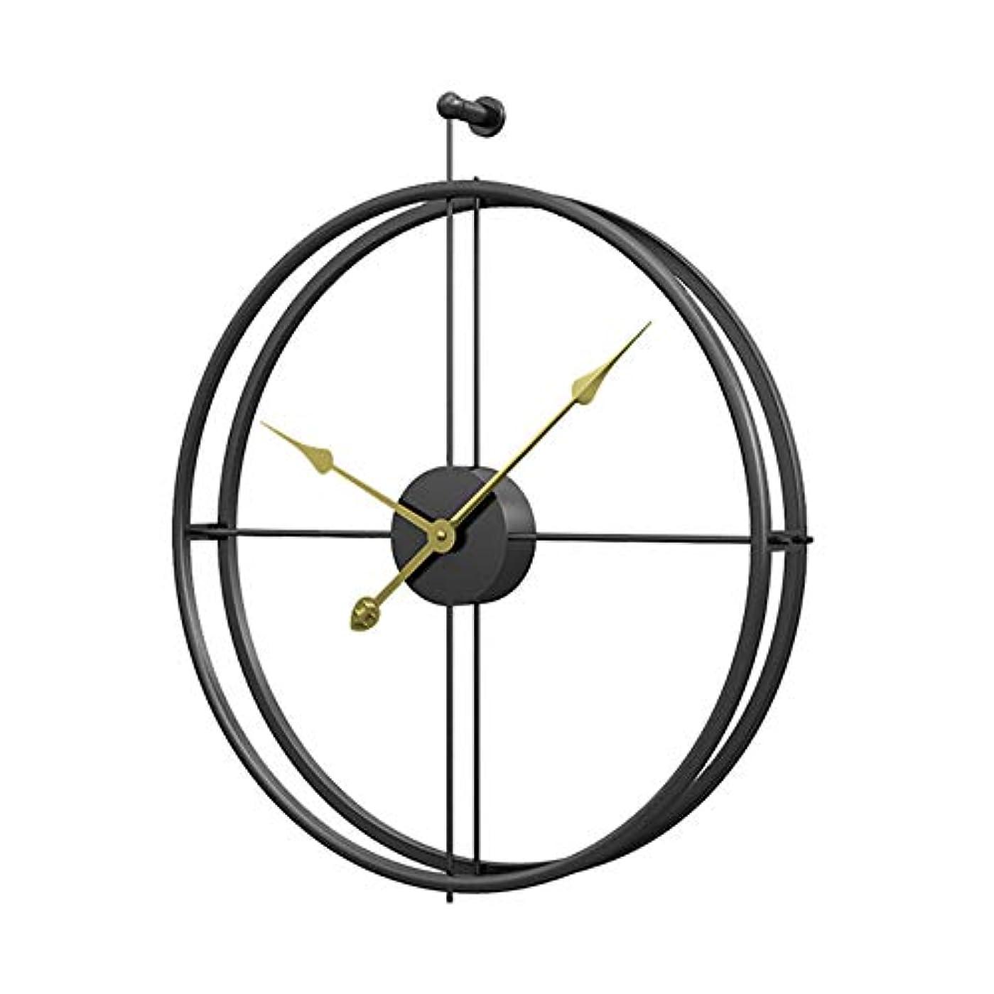 サイクロプスラインナップ無しリビングルームで大きな壁掛け時計 - 古典的なヴィンテージメタル時計家の装飾黒