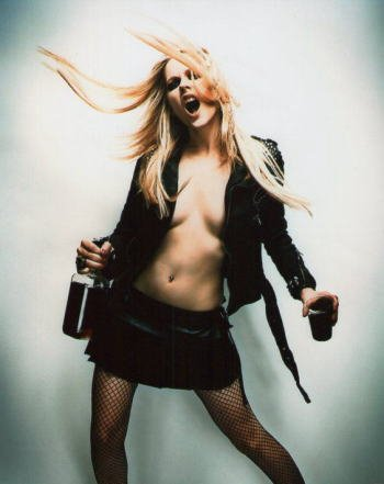 ブロマイド写真★アヴリル・ラヴィーン Avril Lavigne /酒持ち、叫ぶセクシー