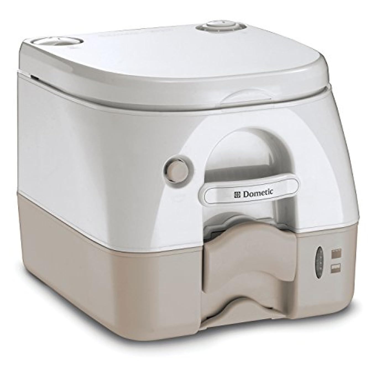苦しむ些細塊DOMETIC衛生DOMETIC -972ポータブルトイレ2.6ガロン - タン