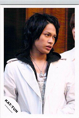 KAT-TUN   【公式写真】・・     上田竜也 ✩ ジャニーズ公式 生写真【スリーブ付 u11