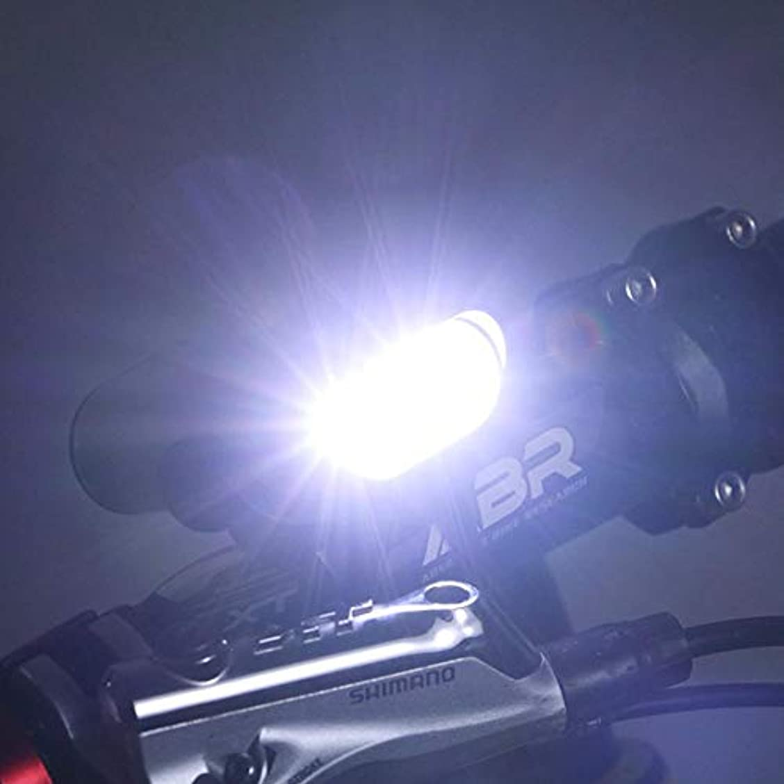 バンジージャンプ海外概してsunyueydeng 自転車ライト,自転車ライトマウンテンバイクのヘッドライトのUSB充電の強い光照明自転車のヘッドライト