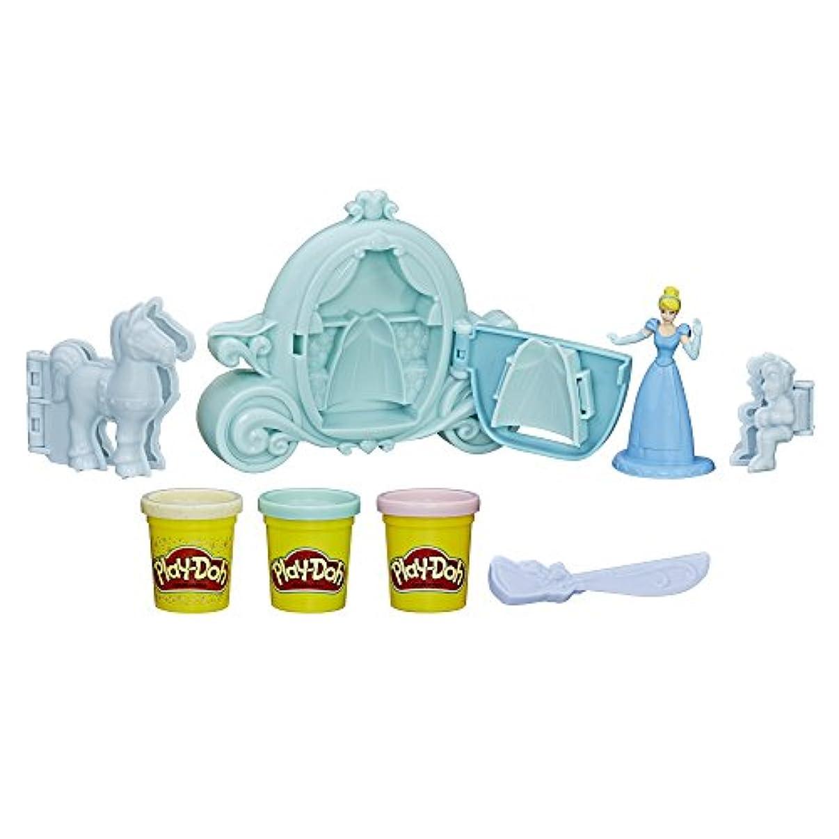 素晴らしい上院議員凍るPlay-Doh Royal Carriage Featuring Disney Princess Cinderella