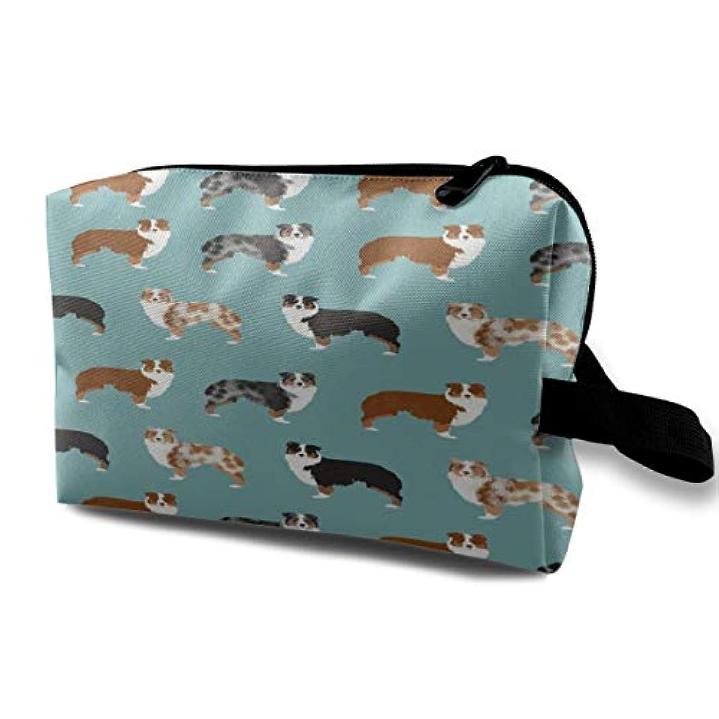 すべて些細めったにAustralian Shepherds Dogs 収納ポーチ 化粧ポーチ 大容量 軽量 耐久性 ハンドル付持ち運び便利。入れ 自宅?出張?旅行?アウトドア撮影などに対応。メンズ レディース トラベルグッズ