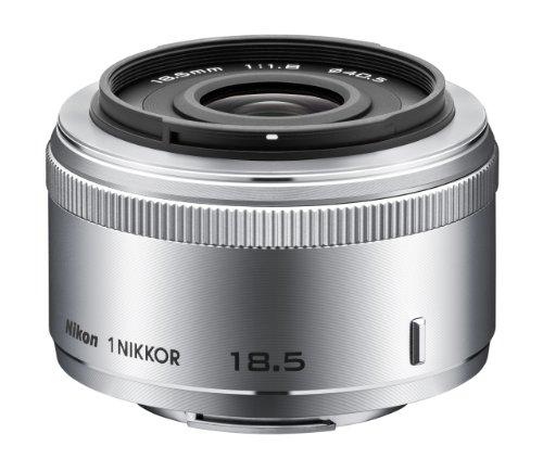 『Nikon 単焦点レンズ 1 NIKKOR 18.5mm f/1.8 シルバー ニコンCXフォーマット専用』のトップ画像
