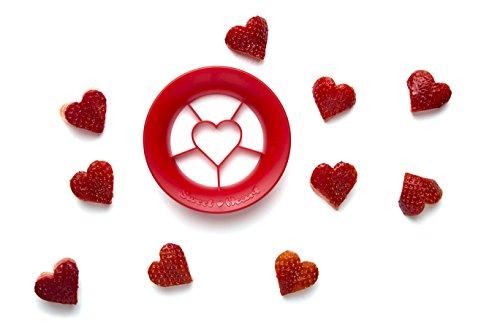 ハート型のフルーツが簡単に切り抜けるカッター。手作りお菓子に使いたい!