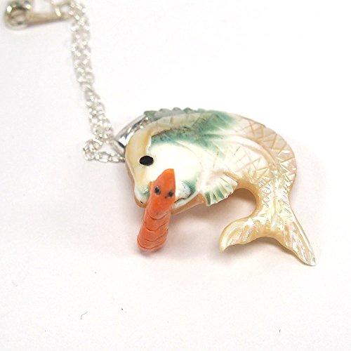 【海老で鯛を釣る】 エビ & タイ ペンダント 桃色珊瑚 & 夜光貝