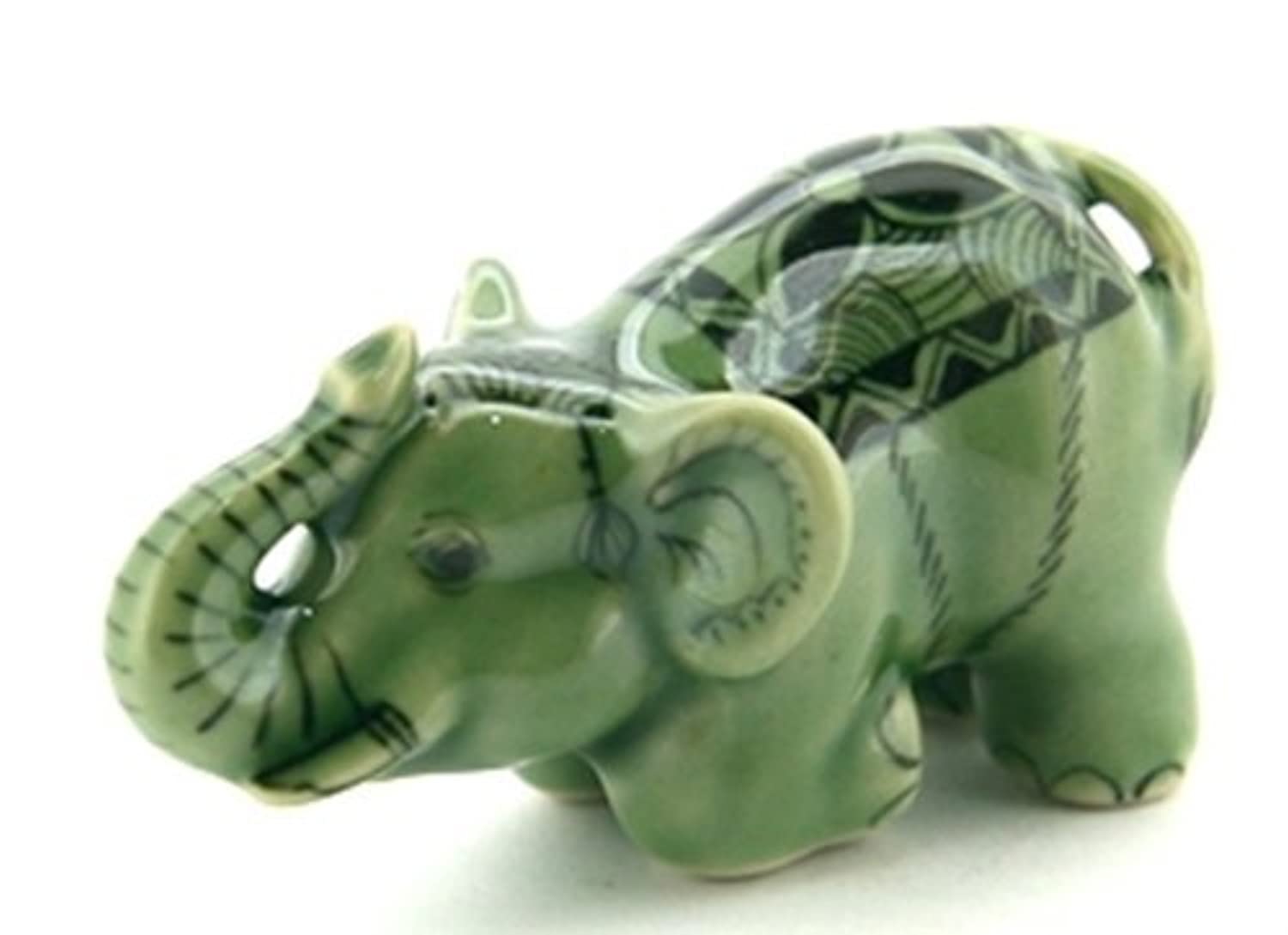 3 D Ceramic Toy Young Green Celadon Elephant No.2 Dollhouse Miniatures Free Ship by ChangThai Design [並行輸入品]
