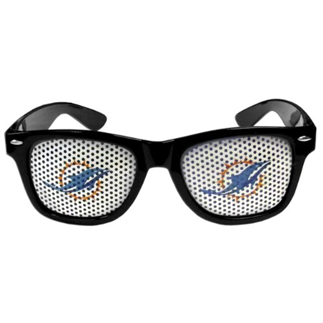 技術的な滅多美容師NFLユニセックスゲームDay Wayfarersサングラス