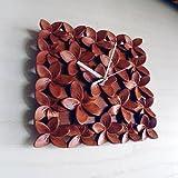 バリウッド・アジアン・バリ木彫り・時計:プルメリア(フランジパニ)いっぱいの壁掛け時計。ブラウン[オリジナル品]