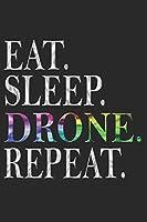 DROHNE NOTIZBUCH: Drohne Notizbuch die Perfekte Geschenkidee fuer Drohnen oder Quadrocopter Fans. Das Taschenbuch hat 120 weisse Seiten mit Punktraster die dich beim Schreiben oder skizzieren unterstuetzten.