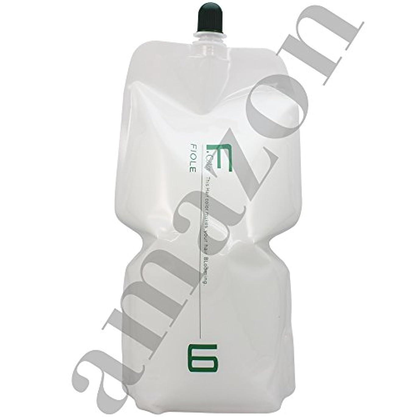 中絶キウイ加速度フィヨーレ BLカラー OX 2000ml 染毛補助剤 第2剤 パウチ (OX6%)