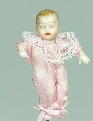 Sleeping Baby In A Pink Outfit Dollhouse (ドールハウス) Doll by Heidi Ott (XB054) ドール 人形 フィギュア(並行輸入)
