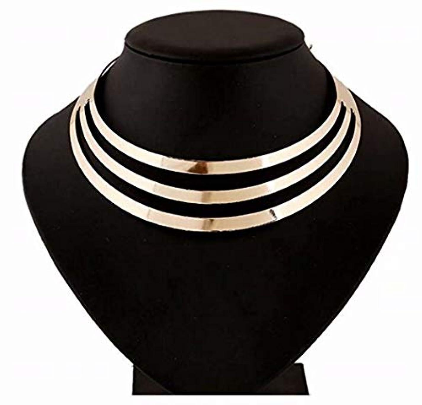 酸化物頑固なええ七里の香 ペンダントネックレス 3 多層半円のペンダント 亜鉛合金チェーンネックレス ファッション 女性 -ゴールド