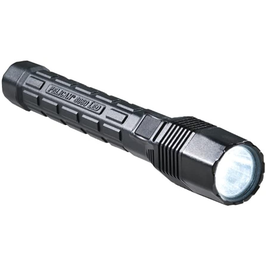 驚かす出撃者良さPelican Full-Size Rechargeable LED Flashlight by Pelican