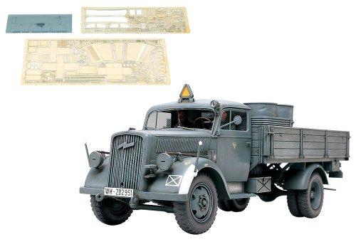 スケール限定シリーズ 1/35 ドイツ 3トン 4×2 カーゴトラック  (アベール社製エッチングパーツ付き) 25160
