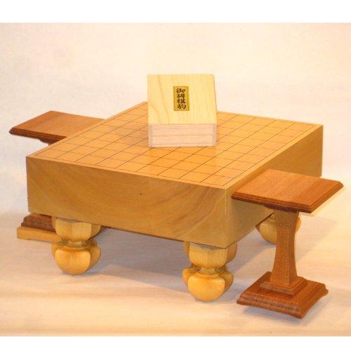 [해외]계림 3 寸脚付 장기판 세트 옻칠 기호 코마 코마 대 새로운 계림 재/Katsura 3-shot legged shogi board set No writing bridge~ bridge stand New Shinkin wood