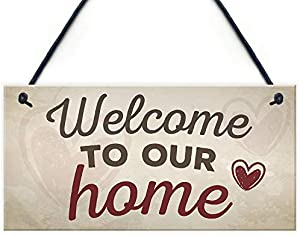 Hypothesis 壁掛け 木製看板 Welcome to Our Home House Hanging Wall Greeting Plaque Garden Gate Door Sign New Home Gift 13x25cm 吊り板 装飾