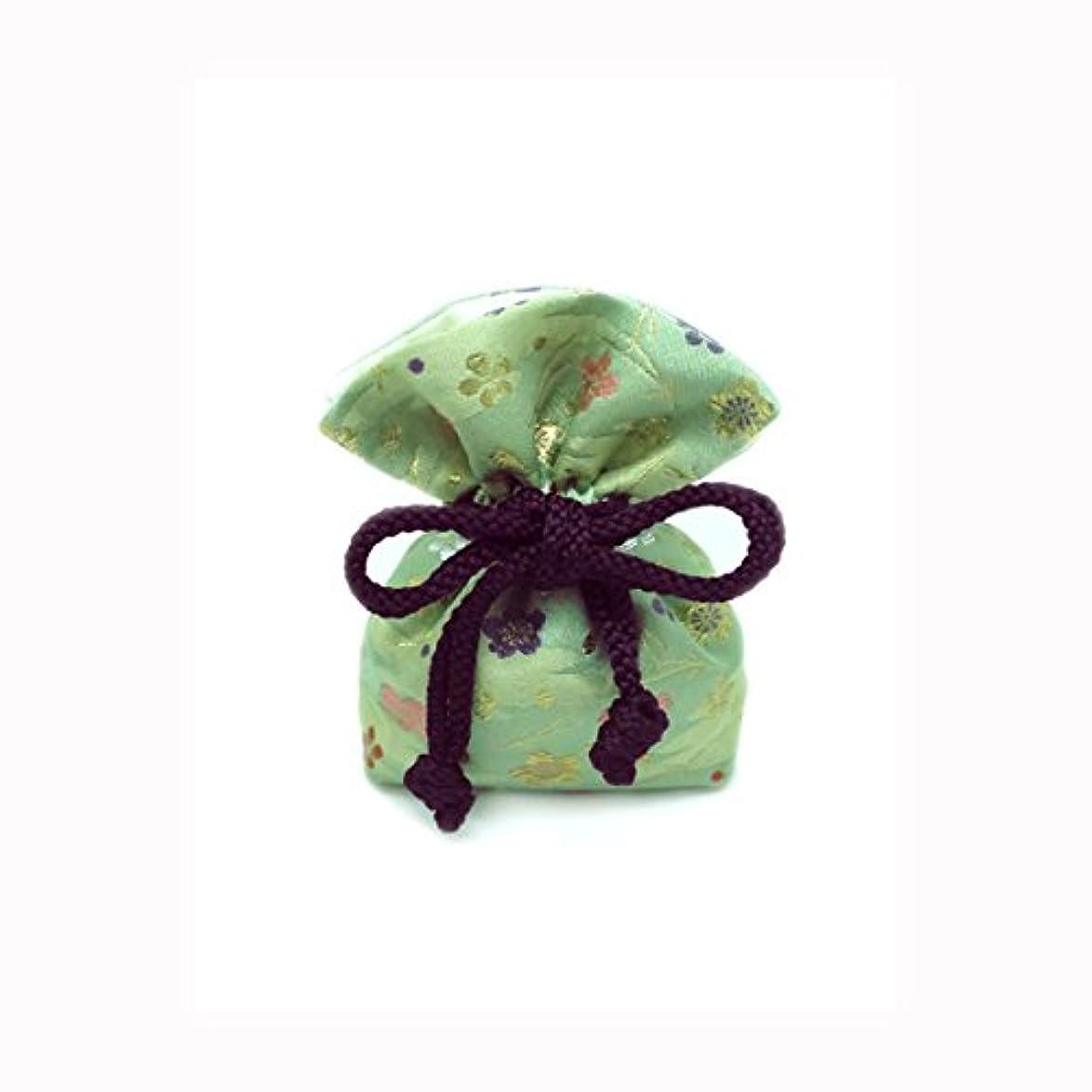 三十物質横御所袋 中 緑系