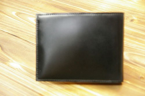 CDV-202-Black   コードバン(馬革)二つ折り財布(純札入れ)小銭入れ無し (黒)
