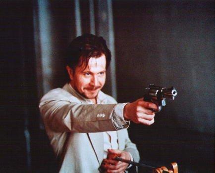 ブロマイド写真★映画『レオン』ゲイリー・オールドマン/銃を向ける