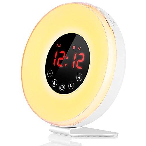 (最新版)目覚まし時計 ベッドサイトランプ 大音量 7色変換 時間記憶 スヌーズ 日の出&日没再現 12H/24H表示 FMラジオ機能(76~108Hz) 7種音(自然音&軽音楽) Wake-Up Light 自分用はもちろん、プレゼントにも最適(アンテナ付き) (最新版6639)