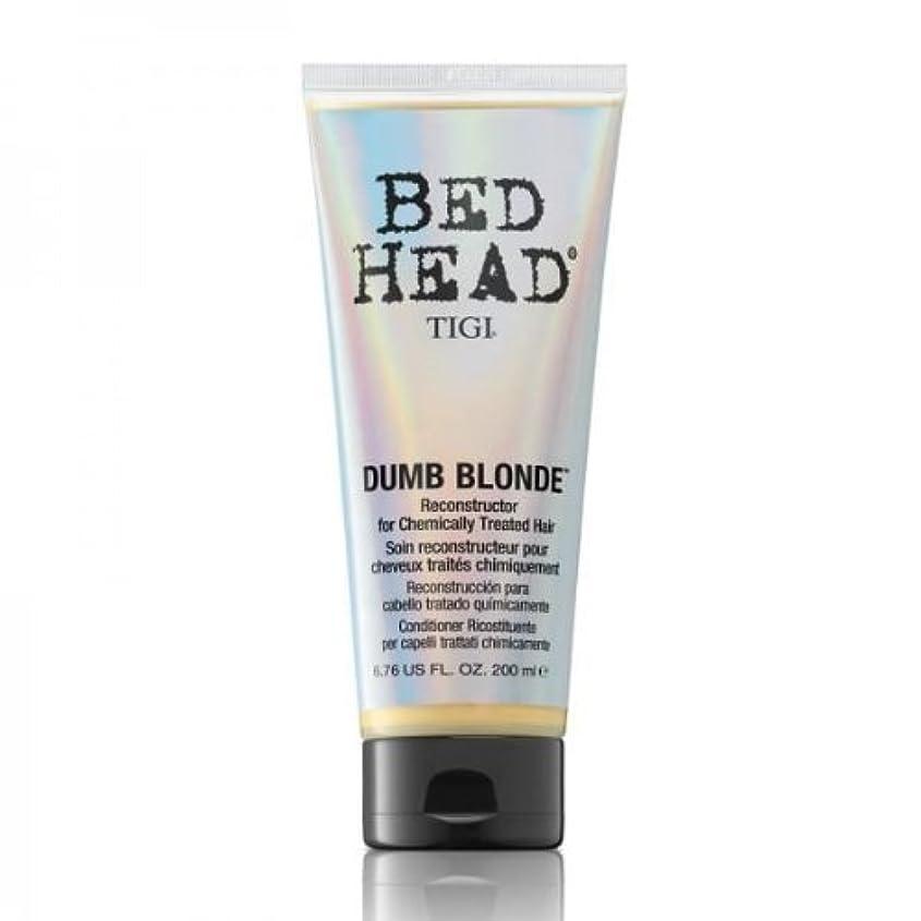 みすぼらしい行起きているTigi Bed Head Dumb Blonde Reconstructor For Chemically Treated Hair 200ml [並行輸入品]