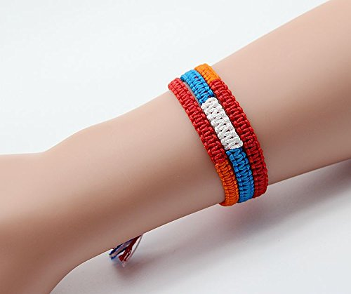 Is the name of your style bracelet Palace water trefoil Barrette braid cosplay accessories (1)