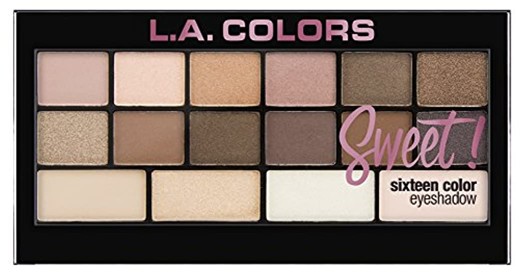 フレア裏切り者できたL.A. Colors Sweet! 16 Color Eyeshadow Palette - Charming (並行輸入品)