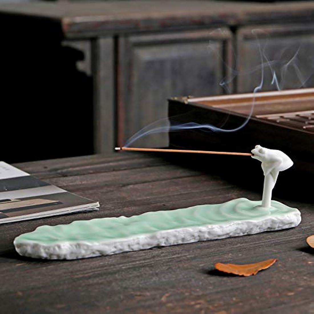 左賢明などきどきPHILOGOD 陶器香炉 手作り創造的なカエルの形 仏壇用 線香立て 香皿 (Green)