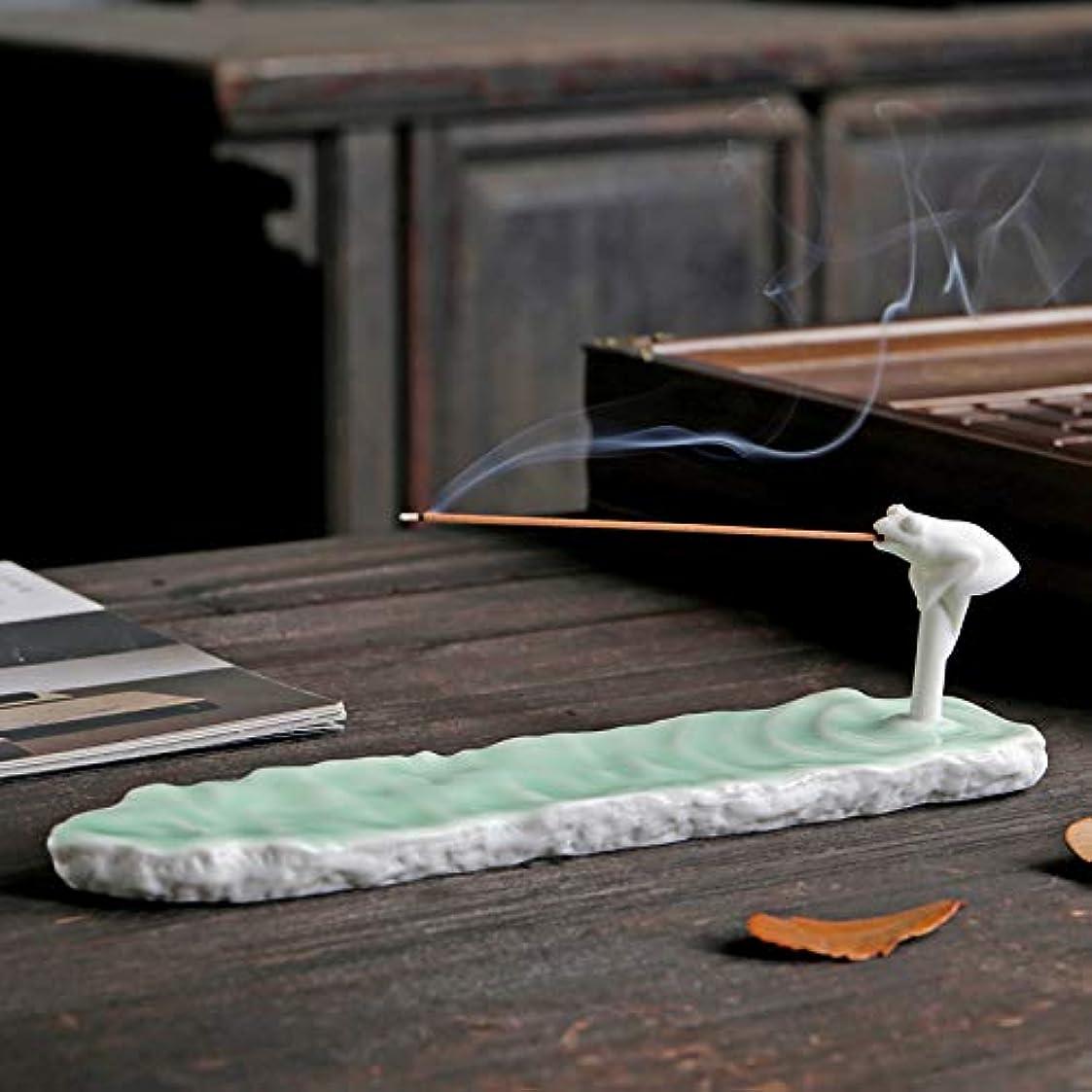 ラウンジ作者疑わしいPHILOGOD 陶器香炉 手作り創造的なカエルの形 仏壇用 線香立て 香皿 (Green)