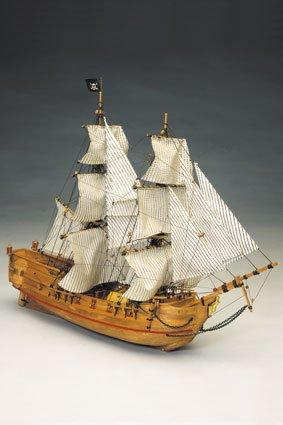 1064 輸入木製帆船模型 マンチュア モデル 768 ブラックファルコン号 (海賊船)