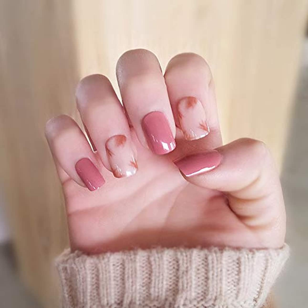 フィールド大使館本XUTXZKA 家のためのネイルのヒントに24個/セットキラキラつま先偽の爪ピンクの短い正方形のプレス