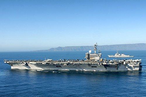 絵画風 壁紙ポスター (はがせるシール式) 空母 ロナルド・レーガン USS アメリカ 海軍 航空母艦 ミリタリー キャラクロ UNAC-002S1 (863mm×576mm) 建築用壁紙+耐候性塗料