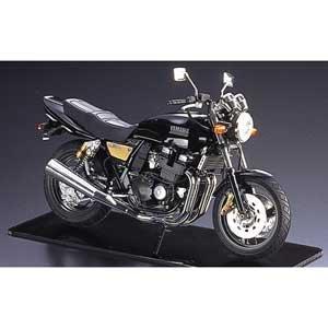 青島文化教材社 1/12 バイクシリーズ No.21 ヤマハ XJR400R プラモデル