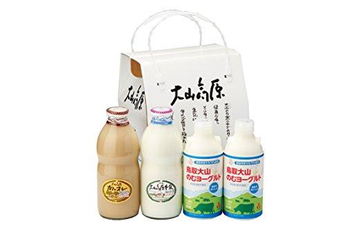 大山高原 ギフトミルクとのむヨーグルト(牛乳900ml×1本、カフェ・オ・レ900ml×1本、のむヨーグルト750ml×2本) (熨斗無)