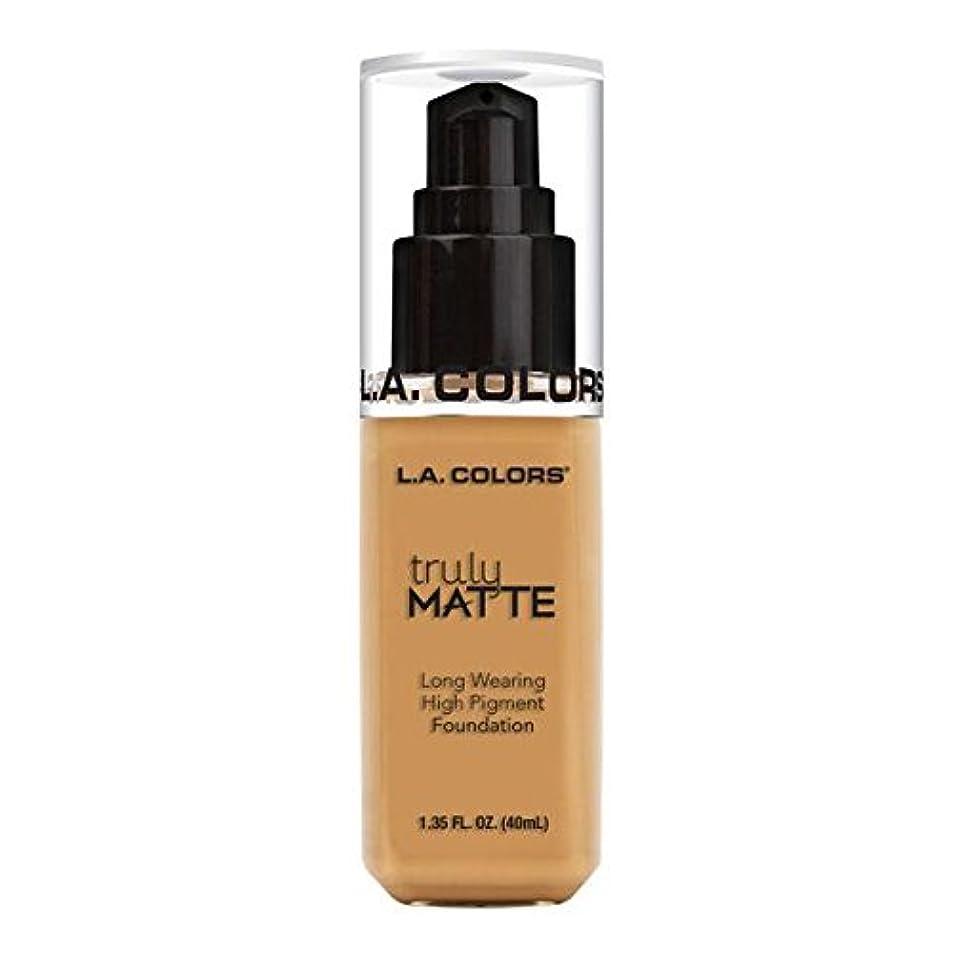 オープニング思い出ノーブル(3 Pack) L.A. COLORS Truly Matte Foundation - Golden Beige (並行輸入品)