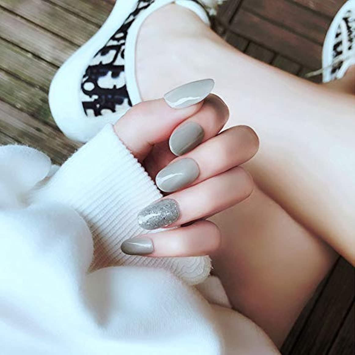 インスタント報復不確実ネイルチップ 24枚 False nail (Grey)