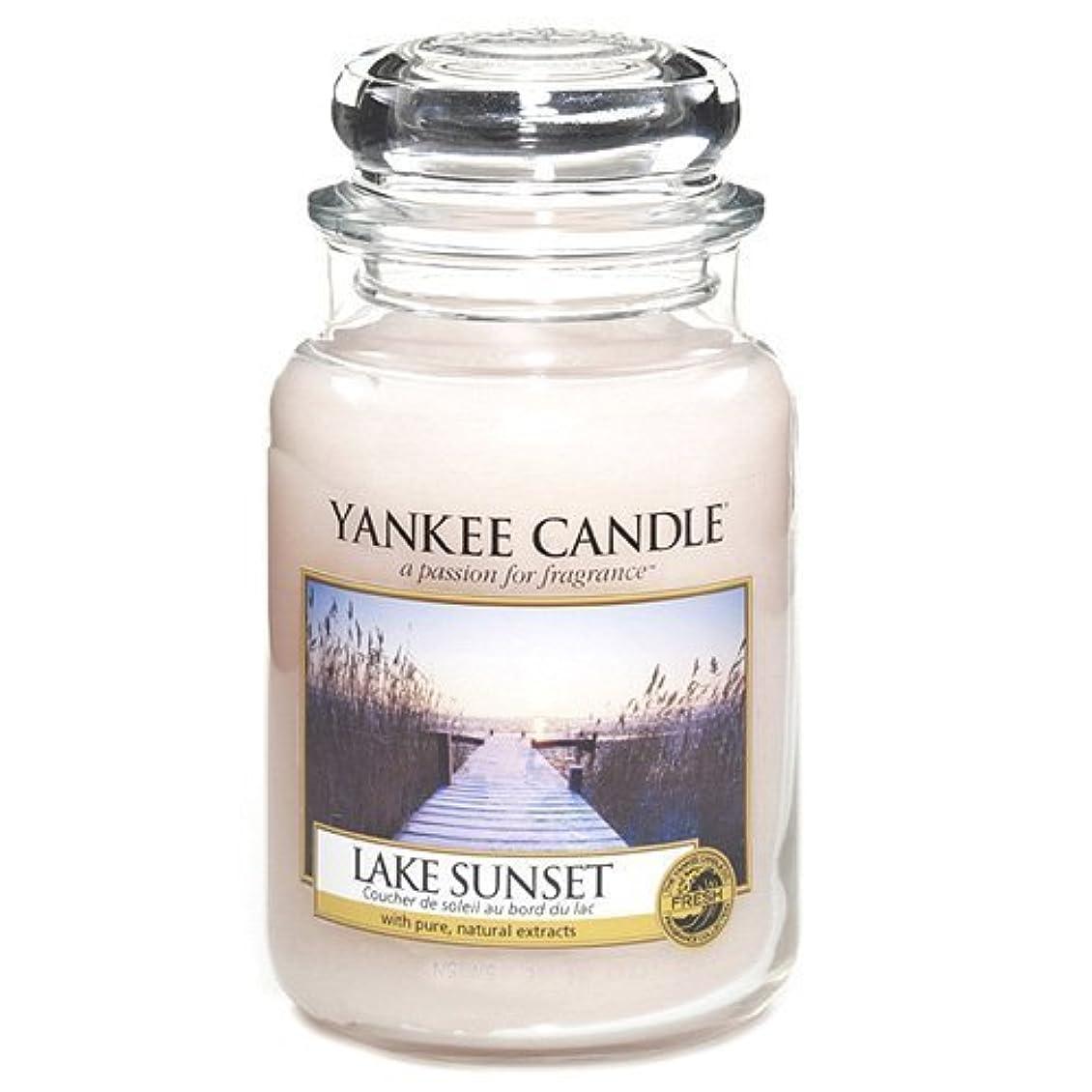 版重要性オールYankee Candle Large Jar Candle, Lake Sunset by Yankee [並行輸入品]