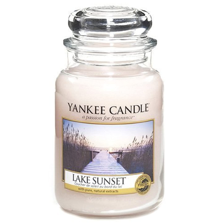毒性肘大胆不敵Yankee Candle Large Jar Candle, Lake Sunset by Yankee [並行輸入品]