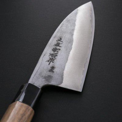 400年の伝統、土佐刃物。ステンレスに青銅割り込み手打鍛造 黒打ち船行包丁〔刃渡16.5cm〕