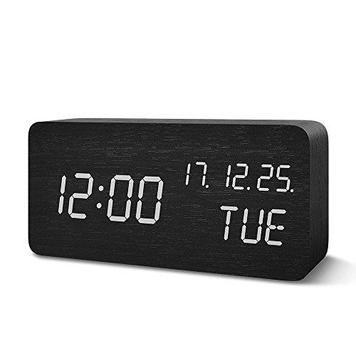 デジタル 置き時計 Suncree 目覚まし時計 大音量 LED 温度/年月日/曜日 アラーム3つ 振動/音感センサー 輝度調節 設定記憶 USB給電 木目 おしゃれ 大文字 小型 プレゼント (黒・白字)