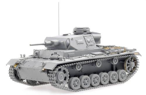 1/35 Sd.Kfz.141 Ⅲ号戦車 (5cm砲) H型 後期生産車 (スマートキット)