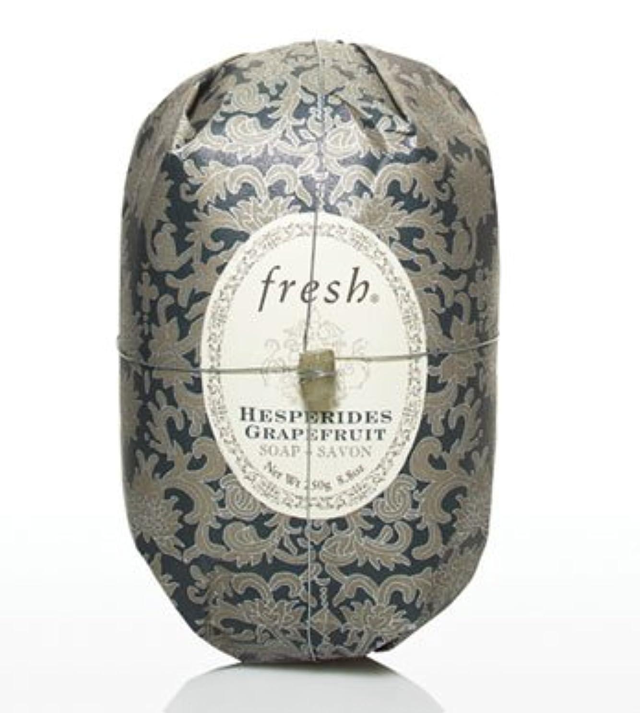 健康的兵隊目に見えるFresh HESPERIDES GRAPEFRUIT SOAP (フレッシュ ヘスペリデス グレープフルーツ ソープ) 8.8 oz (250g) Soap (石鹸) by Fresh