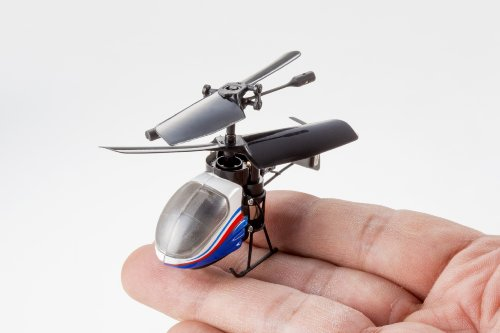 小さっ!「NANO-FALCON(ナノファルコン)」指先サイズのラジコンヘリコプター