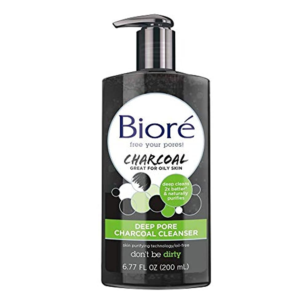 どういたしまして防ぐ荷物BiorDeep Pore Charcoal Cleanser 200ml