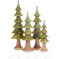 トランク、およそ 16 の cm の上昇の鉱石山の木製の木のクリスマスツリーの緑の高さと切り分けられる中央山塊の木製の木