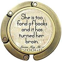 ブック名言バッグ フック ブック愛好家 バッグ フック 引用句 財布 フック ブックワーム 贈り物 「She is Too Fond of Book」引用バッグ フック ブックバッグ フック ブック愛好家へのギフトブック ジュエリー 書斎ギフト MT204 90 mm