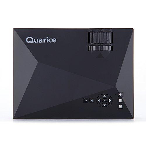Quarice® LEDプロジェクター【WiFi接続機能搭載 ミニ 家庭用 1080P】物理解像度800*480 1200lm 最大ディスプレイ解像度 1920*1080P USB/SD/AV/HDMI/VGA/IR対応 ホームシアター/テレビ/ゲーム/映画/動画/パーティーなど リモコン付き(ブラック)